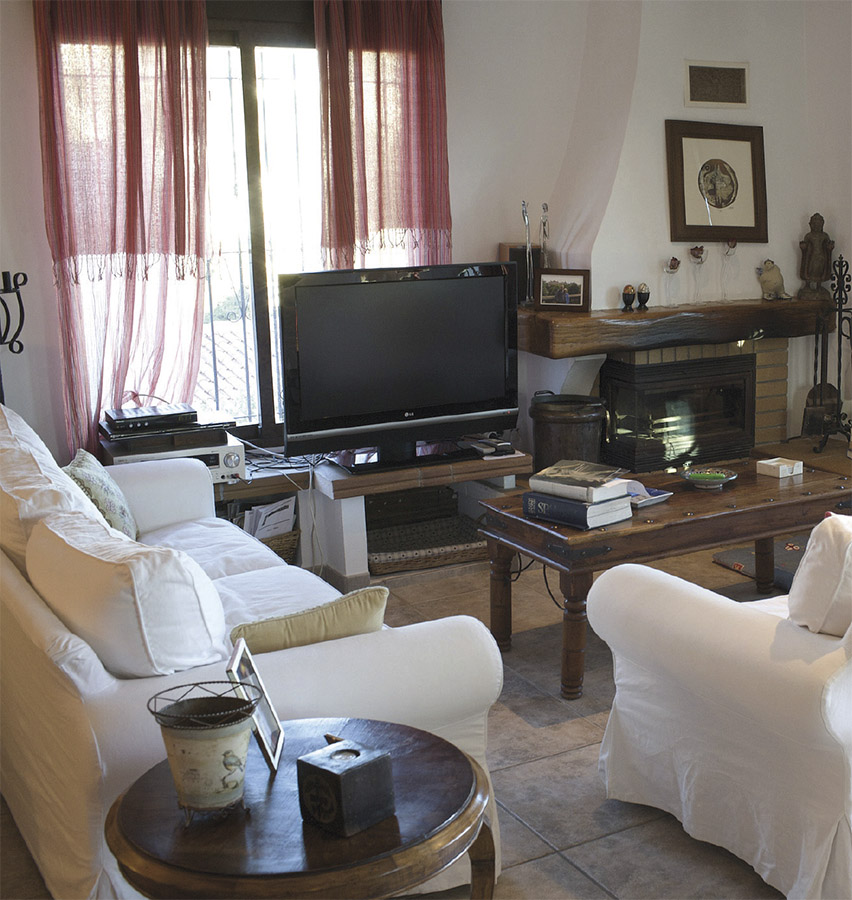 Casa Coveta fumá Reforma de lujo salón con televisión, Campello Alicante