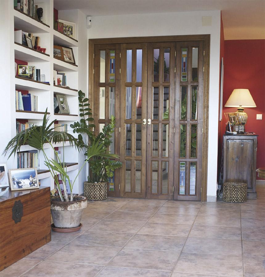 Casa Coveta luxury refurbishment library, Campello Alicante