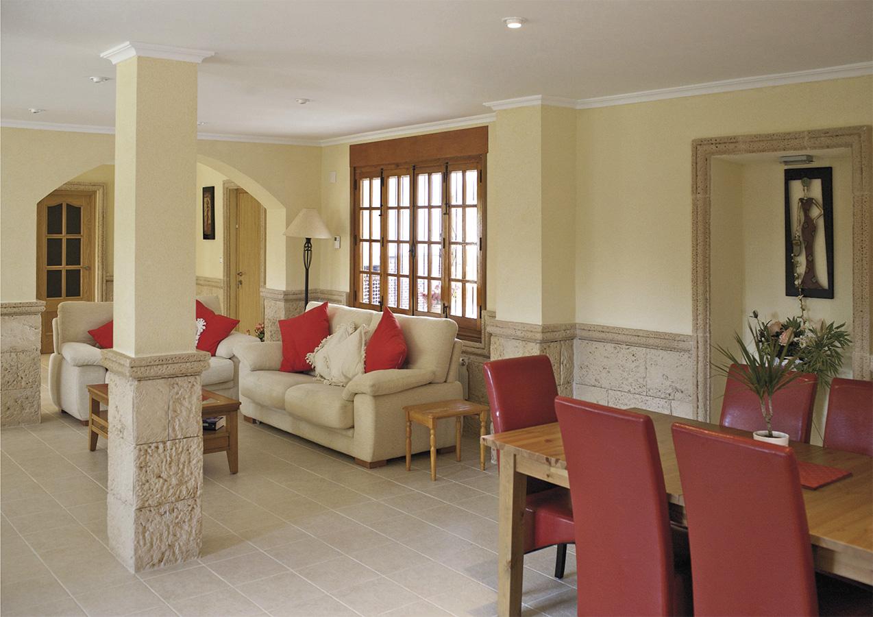 Casa princess totally refurbished old convent lounge, white luxury couchs Playa Muchavista, Alicante